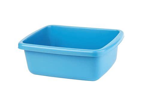 with plastic plastic bowl