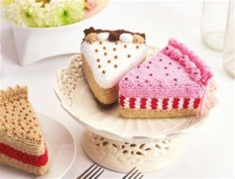 cake knitting patterns 17 best ideas about knitting cake on fondant
