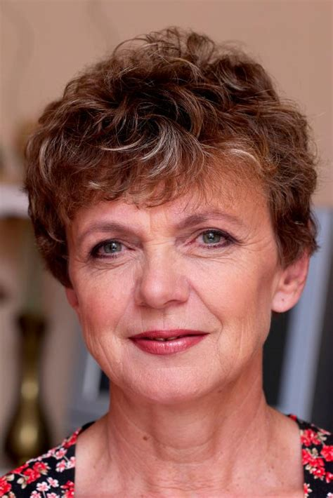 hair cut for senior citizens holiday hairstyles for seniors short hairstyle 2013