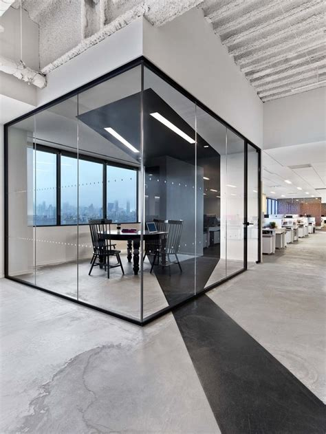 modern office interior design best 25 modern office design ideas on modern