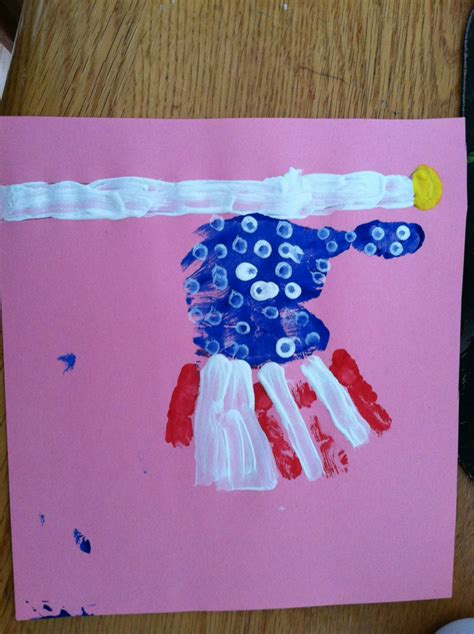fourth of july craft ideas for handprint 4th of july flag craft to the rescue
