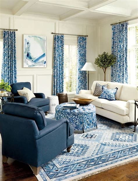 white sofas in living rooms 25 best ideas about blue living rooms on blue