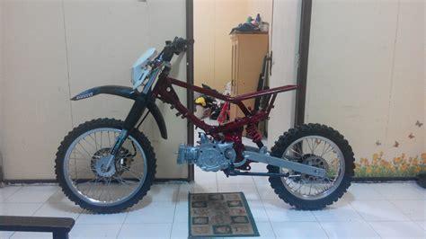 Modifikasi Motor Trail by Modifikasi Yamaha F1zr Trail Adventure Hnd24motobike