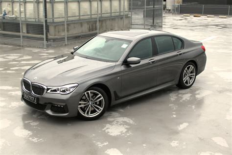 I Bmw by Bmw 730i Review Four Into 7