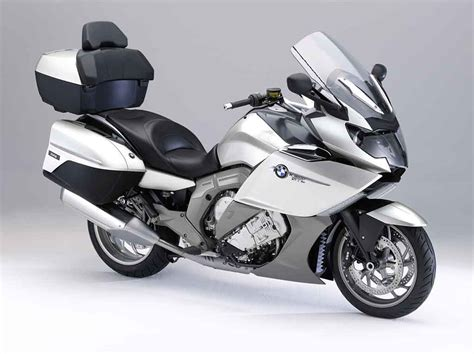 Bmw Motorcycles by Bmw Introduces K1600gt And K1600gtl Six Cylinder