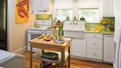 vintage kitchen decor ideas stylish vintage kitchen ideas southern living