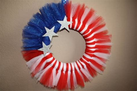 tulle craft projects tulle wreath 12 and easy diy 4th of july craft