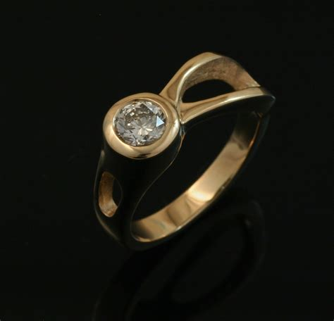 jewelry classes mn two river ring 14k gold crown trout jewelers