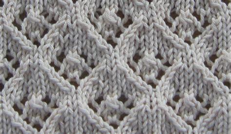 knitting with eyelet lace elfinlace