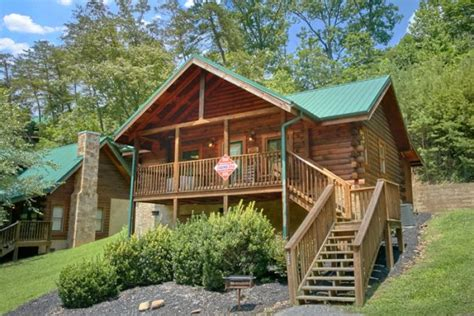 one bedroom cabins in pigeon forge tn pigeon forge 1 bedroom cabin rental a retreat