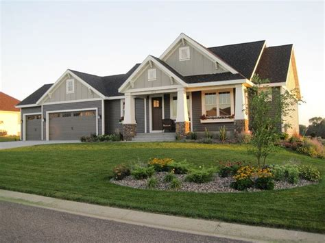 exterior house paint colors one story 25 best ideas about ranch style homes on