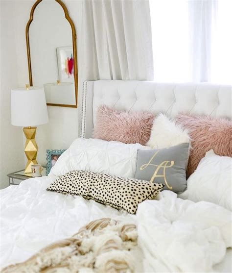 white bedding best 20 gold grey bedroom ideas on