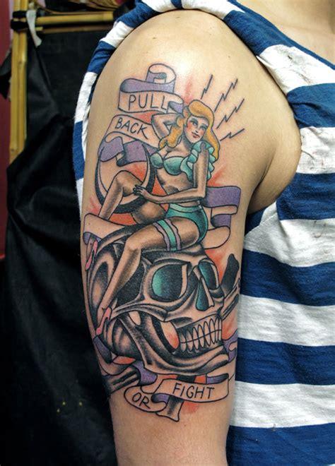 7am tattoo luca font frizzifrizzi