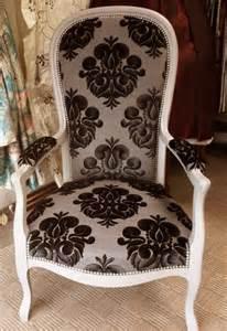 quel tissu pour fauteuil voltaire fauteuil 2017