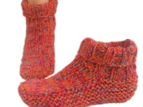 free knitted bed slippers patterns 145 best images about knit slippers on free