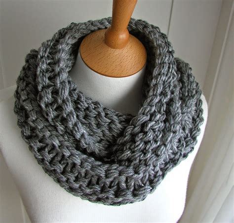 chunky knit scarf pattern knitted things circular scarf free pattern