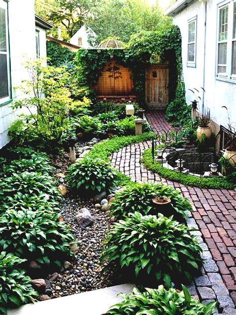 garden ideas for side of house best 25 simple landscaping ideas ideas on diy