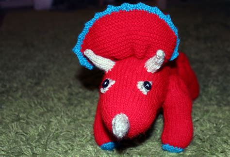 knitted dinosaurs tina barrett dino number 1 the triceratops bryonystanford