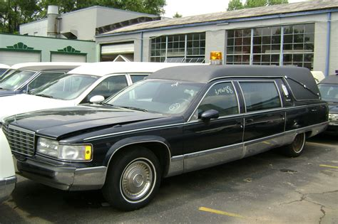 Parts For Cadillac by 1993 S S Cadillac Hearse For Parts Only