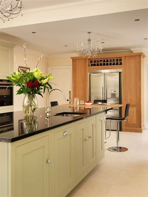classic painted white shaker kitchen from harvey jones harvey jones shaker kitchen painted 28 images oak