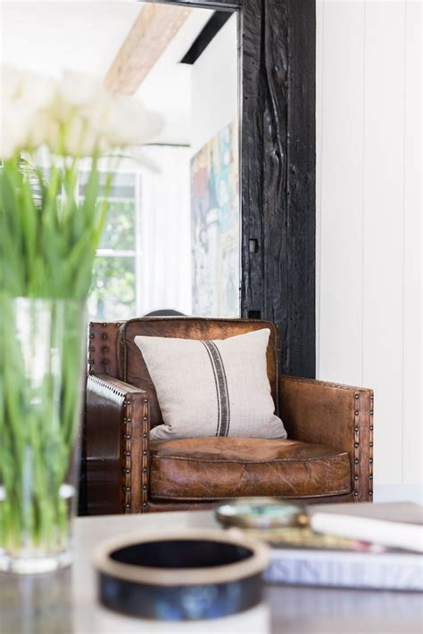 brown living room chairs 12 gorgeous brown leather chairs for the home