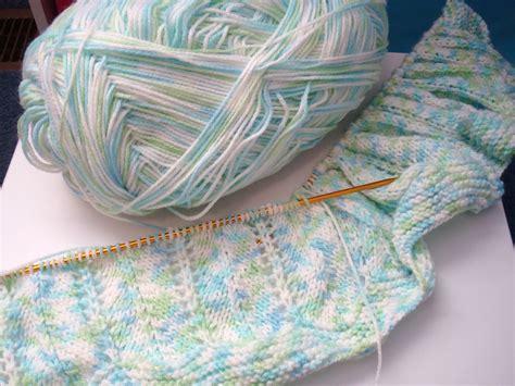 bernat baby knitting patterns adrialys handmade creations february 2012