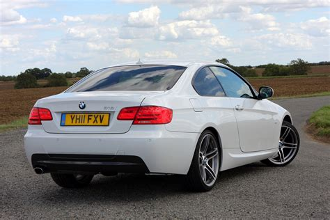 Bmw Coupes by Bmw 3 Series Coup 233 Review 2006 2013 Parkers