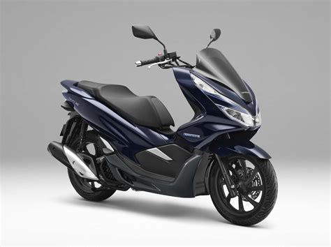 Honda Pcx 2018 Japan by Honda Debuts Hybrid And Electric Scooters For 2018
