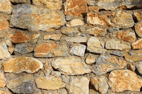 comment monter ou construire un mur en