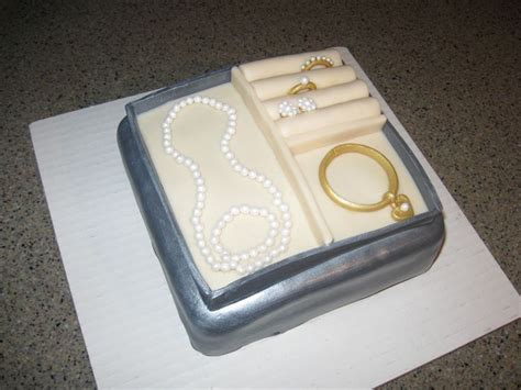 how to make edible jewelry for cakes 17 best images about clothing accessory cakes on