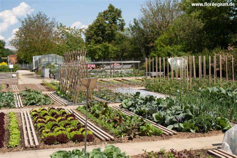 Der Garten Freising by Sichtungsgarten Weihenstephan Bei Freising Florilegium
