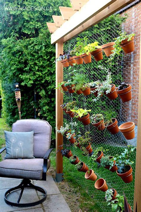 how to make a garden wall 19 creative ways to plant a vertical garden how to make