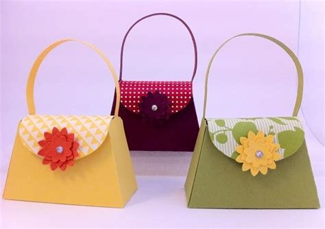 crafts out of paper you to see mini paper purses on craftsy
