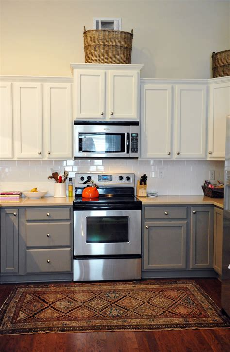 paint kitchen cabinets two colors painted kitchen cabinets two colors design ideas image mag