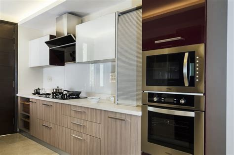 best finish for kitchen cabinets acrylic vs laminate what s the best finish for kitchen