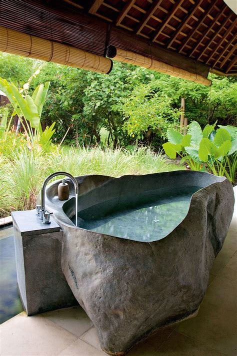 Designs For Small Apartments getting in touch with nature soothing outdoor bathroom