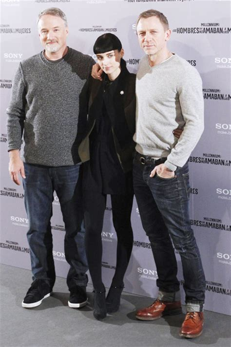 daniel craig promotes dragon tattoo in madrid movies