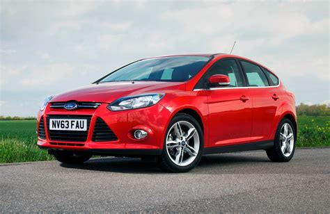 Ford Focus Review by Ford Focus Hatchback Review Parkers Upcomingcarshq