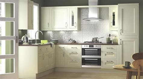 b q kitchen doors and drawer fronts b q a maybe kitchen diner room kitchen