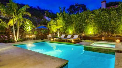 pool garden ideas 20 breathtaking ideas for a swimming pool garden home