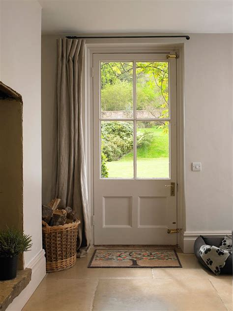 door curtains 25 best ideas about entrance halls on