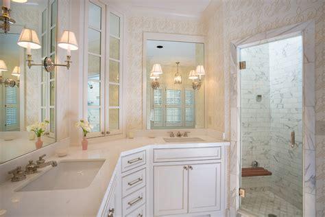pivot bathroom mirrors pivoting bathroom mirrors 28 images pivoting bathroom