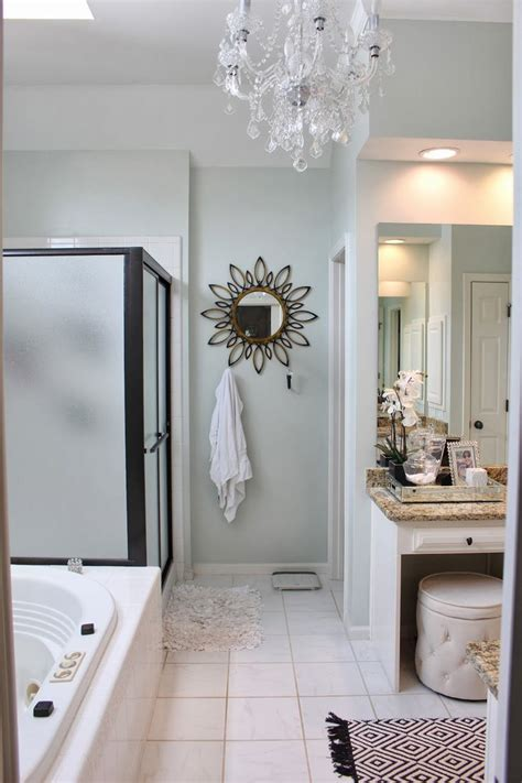 Spa Like Bathroom Paint Colors by 25 Best Ideas About Spa Bathrooms On Bath
