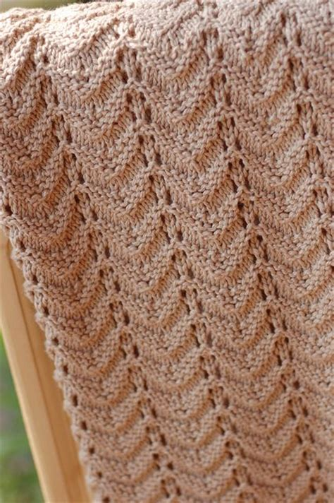 easy knitted baby afghan patterns 165 best images about knitting baby blankets on