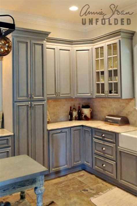 chalk paint cabinets kitchen how to paint kitchen cabinets with chalk paint