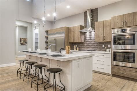 Kitchen Tile Designs Behind Stove 34 gorgeous kitchens with stainless steel appliances