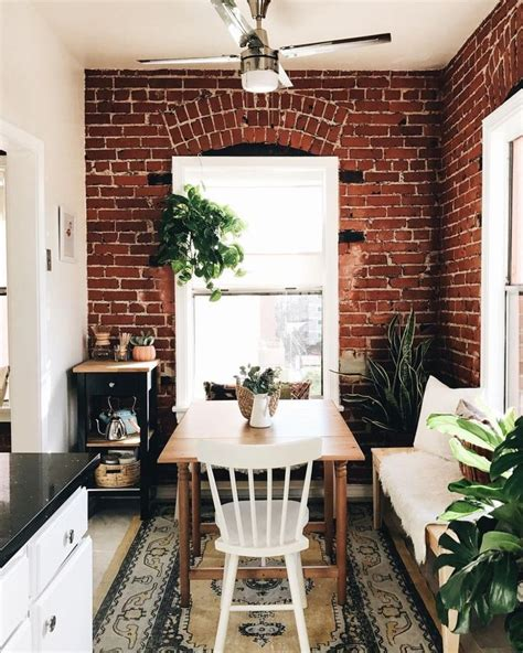 decorating a tiny apartment best 25 tiny studio apartments ideas on tiny