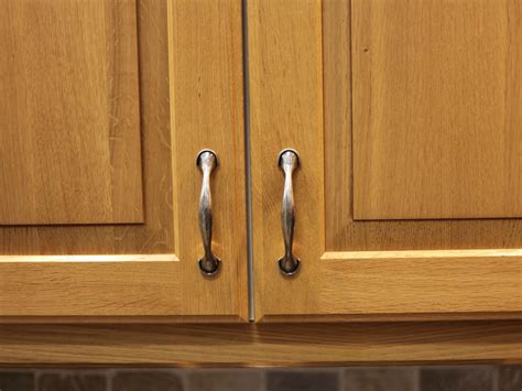 kitchen cabinet hardware handles kitchen cabinet handles pictures options tips ideas