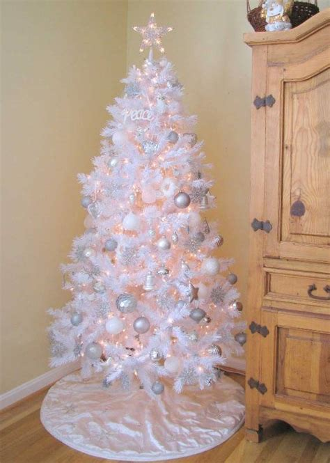white tree decoration ideas 60 most popular tree decorations ideas a diy