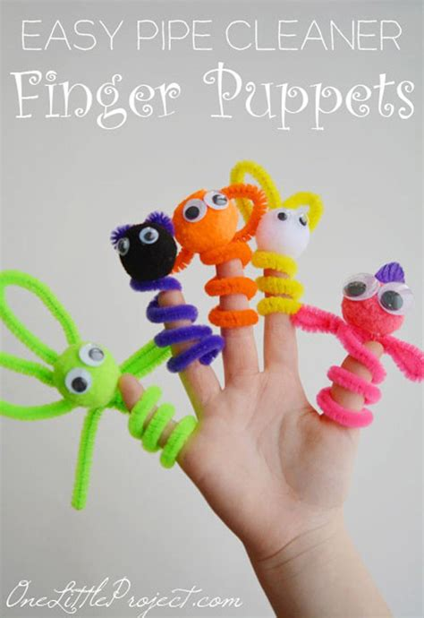crafts that are easy to make 16 cool diy crafts to make with pipe cleaners diy ready